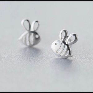 Jewelry - Sterling silver bees earrings